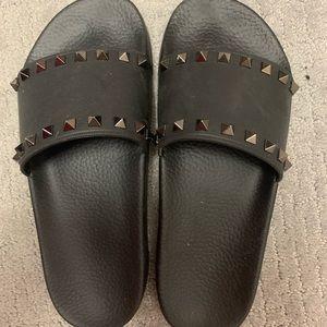 Black Valentino Slides